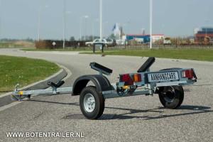 Boottrailer IZI 20 voor boten tot 4 meter.