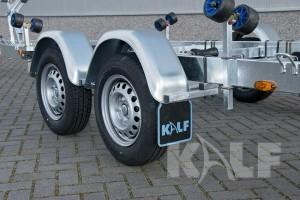 Kielboottrailer Kalf Basic 2000-62 boottrailer tandemas met metalen spatborden