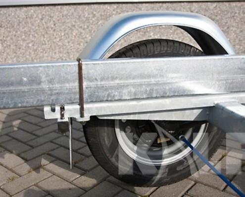 Kalf motorboot trailer M 2000-67 frame met aspad