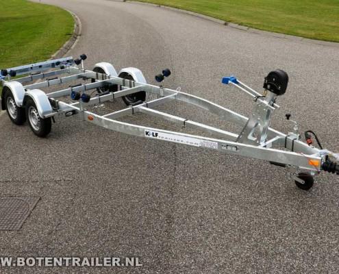 Kalf motorboottrailer-Basic-2000-62 vooraanzicht