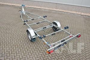 Sloeptrailer Kalf basic 1500-62 boottrailer achteraanzicht
