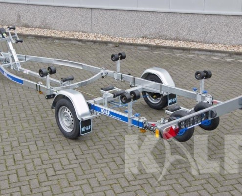 Kalf sloeptrailer R 1300-57 enkelas geremde boottrailer 1,3 ton