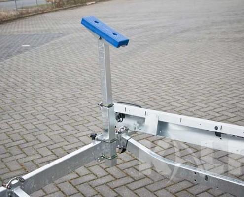 Kalf kielboottrailer R 750-52 instelbare stempel
