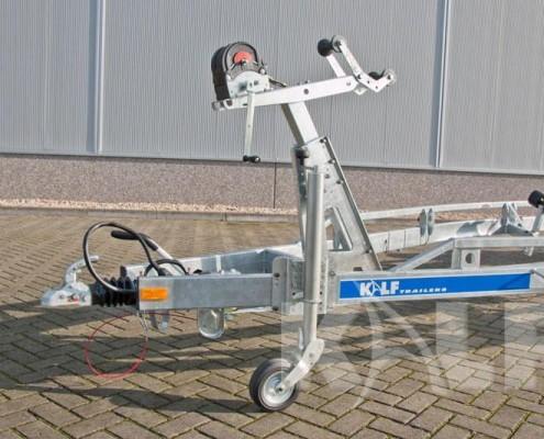 Sloeptrailer Kalf S 3500-112 zwaar neuswiel en lier op liersteun